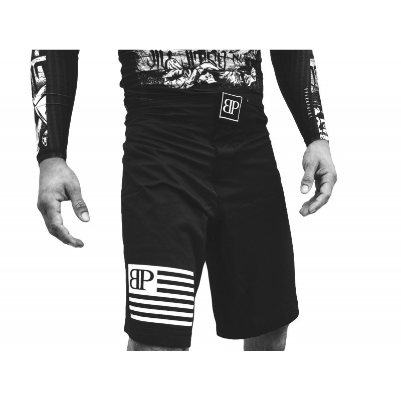 BREAK POINT FLAG SHORTS